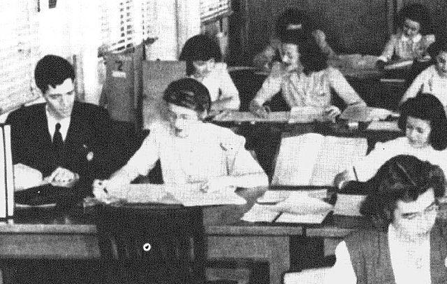Meredith Gardner junto a varias criptoanalistas